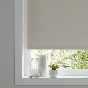 Pama Corded White Plain Thermal lined Roller Blind (W)90cm (L)195cm