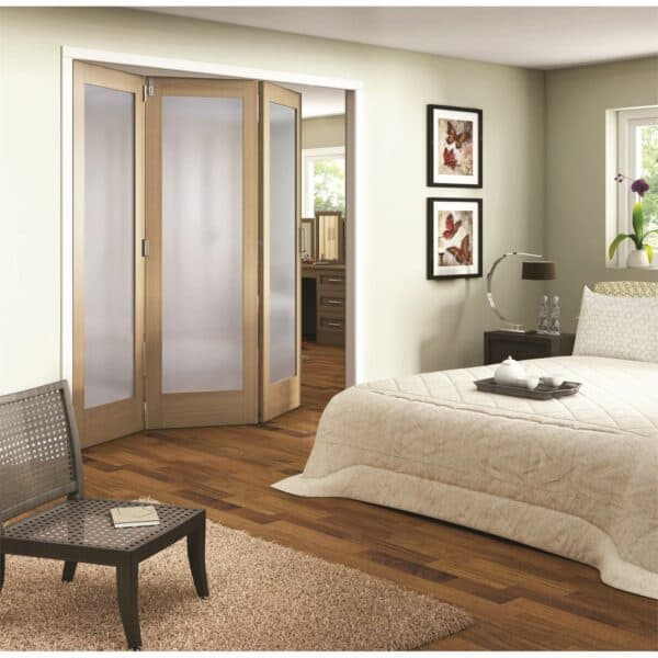 Shaker Oak 1 Light Obscure Glazed Interior Folding Doors 3 x 0 2047 x 2157mm