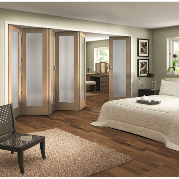 Shaker Oak 1 Light Obscure Glazed Interior Folding Doors 5 x 1 2047 x 4227mm