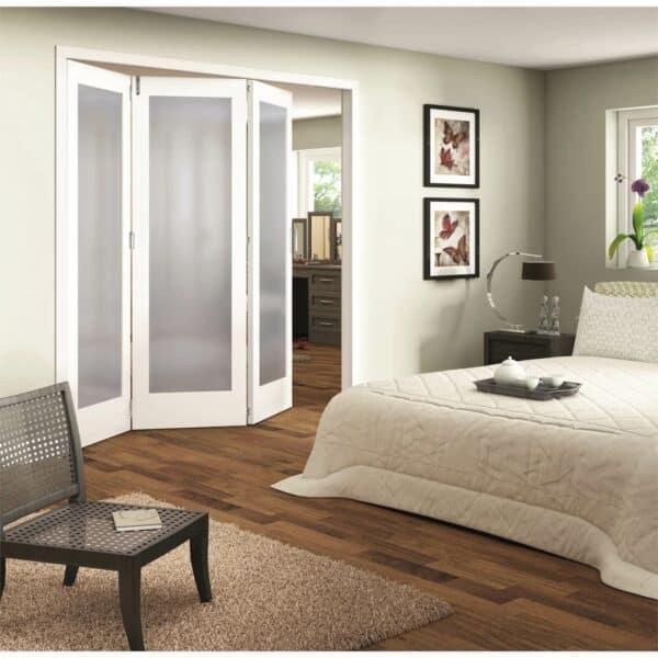 Shaker White Primed 1 Light Obscure Glazed Interior Folding Doors 3 x 0 2047 x 2157mm
