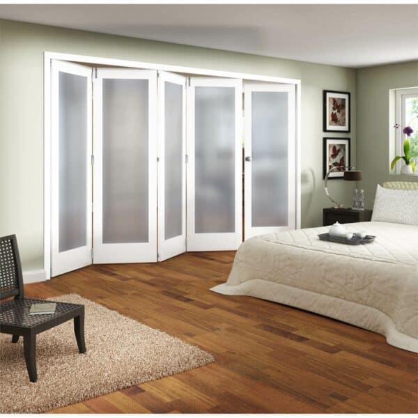 Shaker White Primed 1 Light Obscure Glazed Interior Folding Doors 4 x 1 2047 x 3158mm