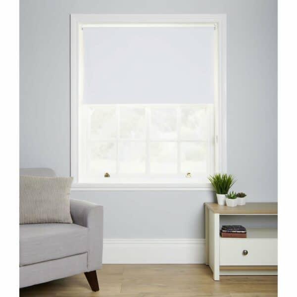 Wilko White Blackout Roller Blind 120 W x 160cm D 100% Polyester