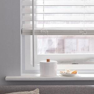 White Woodgrain effect Polyvinyl chloride (PVC) Venetian Blind (W)120cm (L)180cm